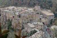 Valle del fiume Treja: scenari fiabeschi e tesori da esplorar